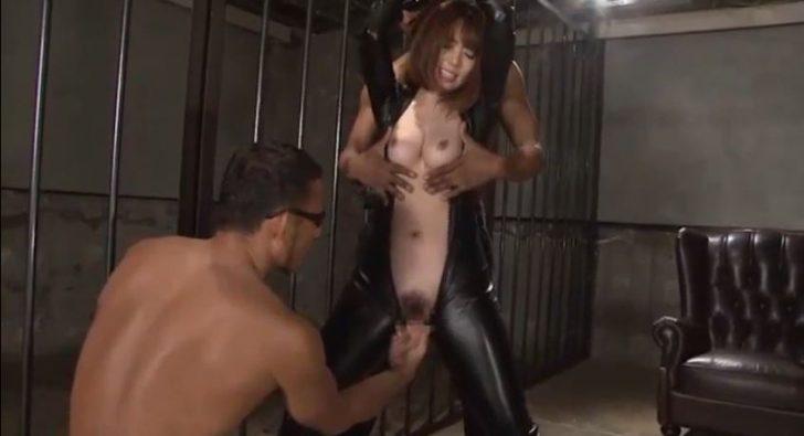 【波多野結衣×拷問レイプ】敵に拘束されたEカップ巨乳女捜査官が性的拷問を受け続ける!これは、興奮するわw
