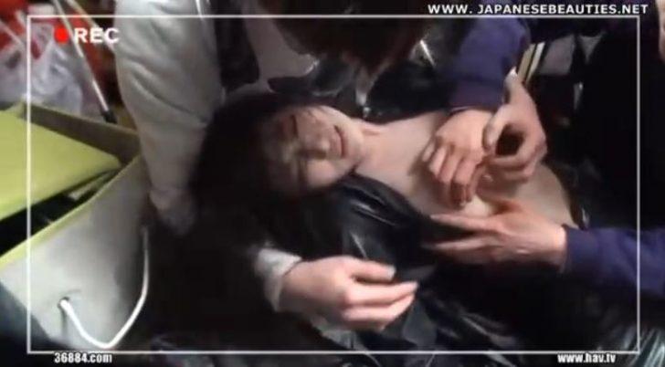 【捜査官×レイプ】「やめろ!さわるな!」巨乳の美人お姉さんが動画撮られながら男たちに犯されていく・・おっぱいをはだけさせられ揉んだり吸ったり・・